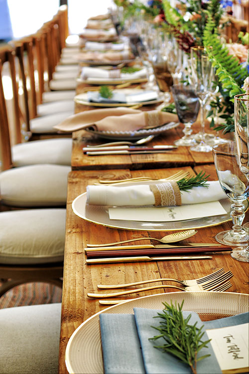 banquet-catering-chairs-holiday-party-